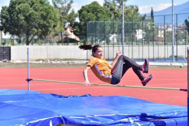 Atletizm İl birinciliğine 110 sporcu katıldı