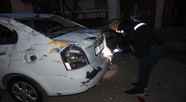 GÜNCELLEME Adana'da düğünden çıkan 2 grup arasında silahlı ve bıçaklı kavga:  1 ölü, 2 yaralı