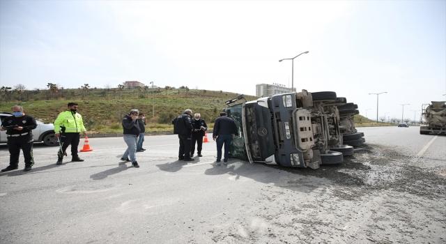Hatay'da otomobil ile beton mikseri çarpıştı: 1 ölü, 2 yaralı