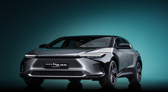 "Toyota ""bZ4X Konsepti""ni Şangay'da tanıttı"