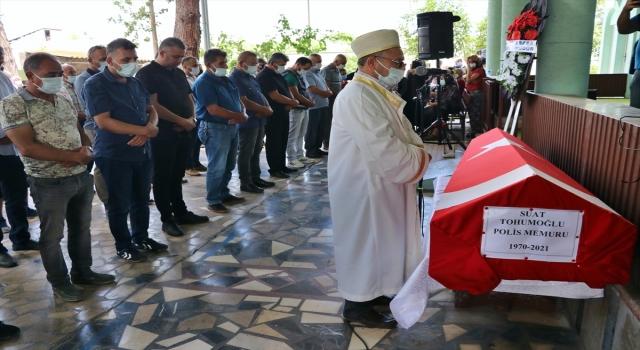 Hatay'da otomobilin KGYS direğine çarpması sonucu ölen polisin cenazesi toprağa verildi