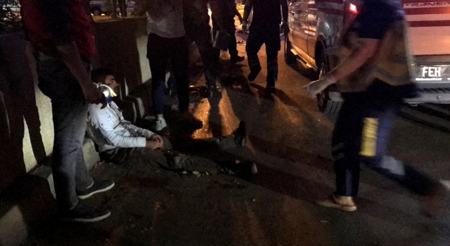 Adana'da otomobilin çarptığı elektrikli bisikletteki baba yaralandı, oğlu öldü