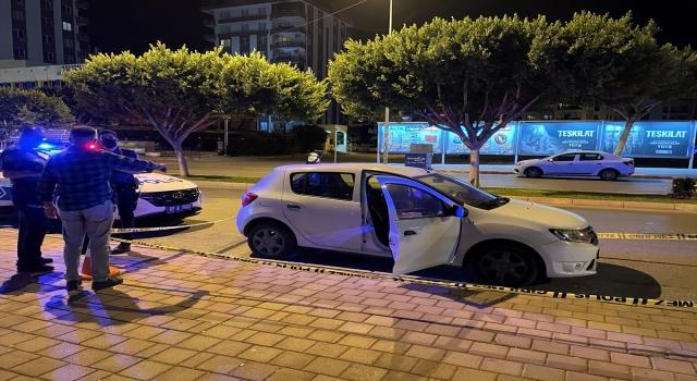 Antalya'da bir kişi otomobilinde ölü bulundu