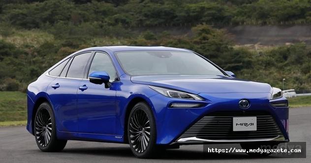Hidrojen yakıtlı Toyota Mirai'nin 2. nesli tanıtıldı