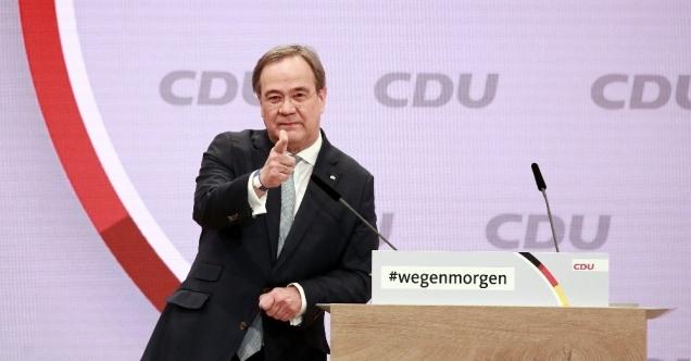 Almanya'da Merkel'in partisi CDU yeni başkanını seçti