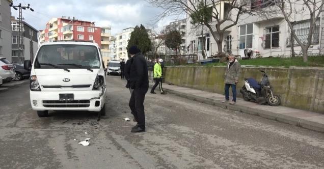 Sinop'ta kamyonetle çarpışan motosikletin sürücüsü hayatını kaybetti