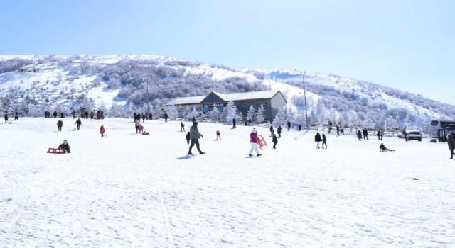 Akdağ Kayak Merkezine rekor ziyaret