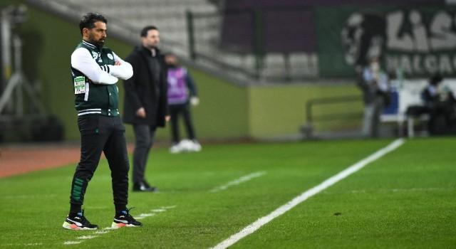 """İlhan Palut: """"Maçı 2-1e getirecek golü bir türlü bulamadık"""""""