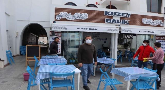 Kuşadasında normalleşme süreci başladı, lokantalar ve kafeler açıldı
