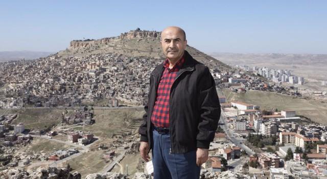 Mardin'de Cuma Tepesi'ne tırmanan ilk Vali oldu