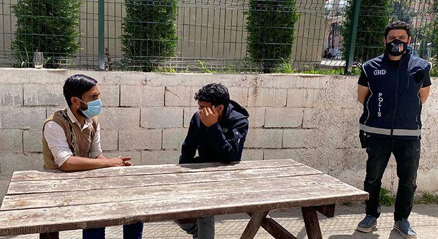 Afgan kardeşleri polis Osmaniye'de kavuşturdu