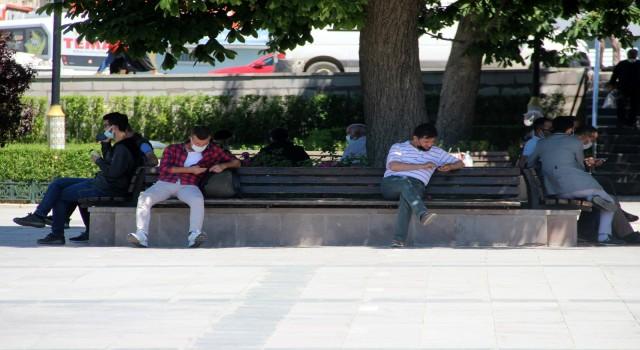 Erzurumda kavurucu sıcaklar etkili oluyor