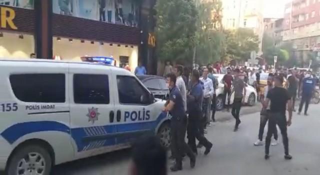 Iğdırda iki grup arasında kavga çıktı: 1 yaralı, 7 gözaltı