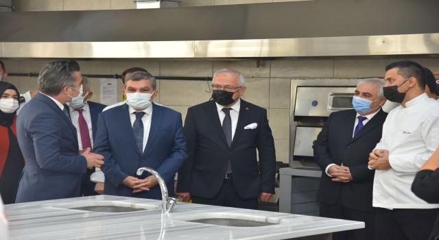 KMÜye yeni bir uygulama mutfağı daha açıldı