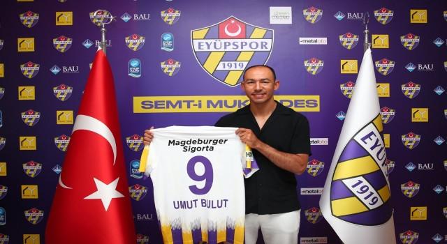 TFF 1. Lig ekiplerinden Eyüpspor, tecrübeli futbolcu Umut Bulutu kadrosuna kattı.