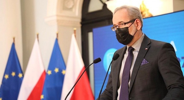 Polonyada Covid-19 aşısına ilgi azalıyor