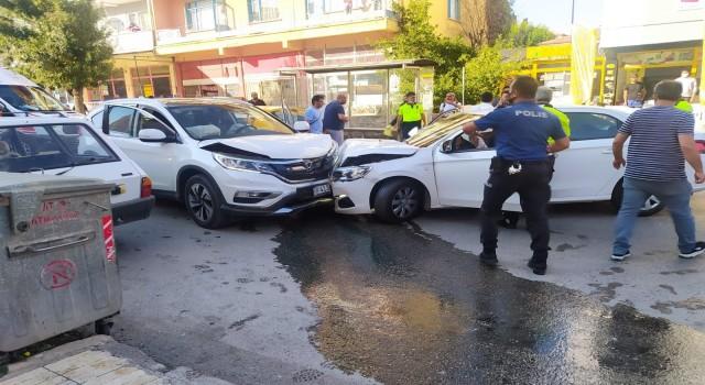 Çorumda zincirleme trafik kazası: 5 yaralı