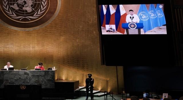 Filipinler Devlet Başkanı Duterteden zengin ülkelere aşı tepkisi