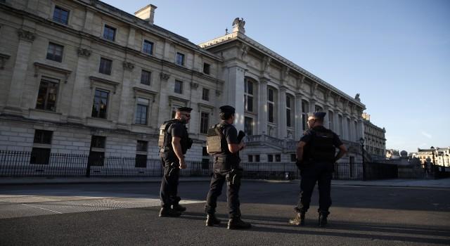Fransız tarihinin en büyük terör davası başladı