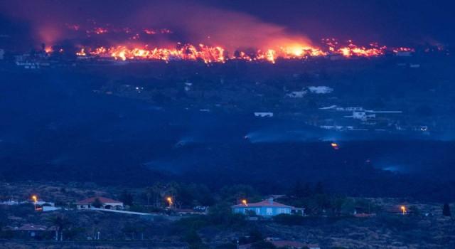 Kanarya Adalarındaki yanardağ felaketinde 350 ev yıkıldı