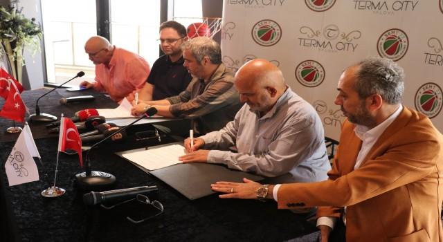 Karaderili Şirketler Grubu, ING Süper Lig temsilcisi Semt 77 Yalovaspora sponsor oldu