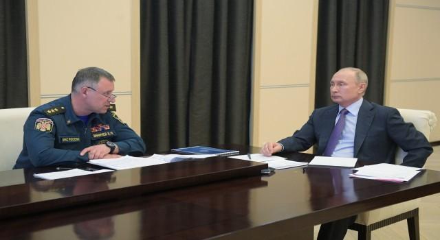 Rusya Acil Durumlar Bakanı Zinichev tatbikat sırasında hayatını kaybetti