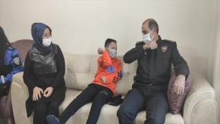 Kahramanmaraş Emniyet Müdürü Cebeloğlu'ndan şehit çocuğuna doğum günü sürprizi