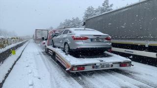 AdanaAnkara Otoyolu, trafik kazası nedeniyle tek yönde ulaşıma kapandı