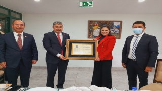 Çukurova Üniversitesi Rektörü Prof. Dr. Meryem Tuncel, mezun olduğu liseyi ziyaret etti