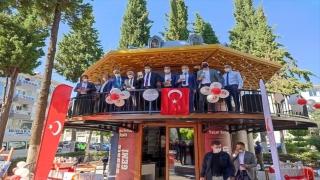 Bucak'ta açılan kitap kafe hizmet vermeye başladı