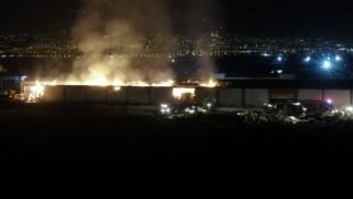 Kahramanmaraşta fabrika yangını drone ile görüntülendi