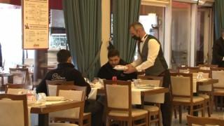 Restoranları açılan işletmeciler sevinçli: Sektör olarak dün gece uyumadık desek yeridir