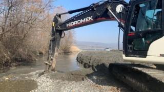 Sapanca Gölünü besleyen önemli dereler temizlendi