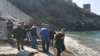 Zonguldakta bir araç 100 metreden denize uçtu: 1 ölü, 1 kayıp