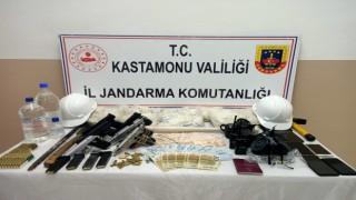 30 saat süren yargılamanın ardından 7 kişi tutuklandı