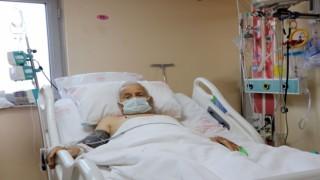 88 yaşındaki hasta başparmak anjiyo yönetimi ile hayata tutundu