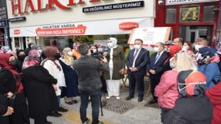 AK Parti Kadın Kollarından Türk Kızılayına kan bağışı
