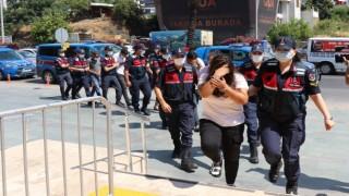 Antalyada insan tacirlerine operasyonda 6 tutuklama