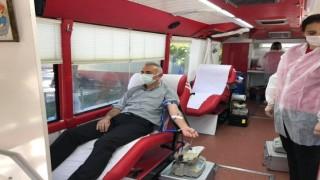 Başkan kan verdi