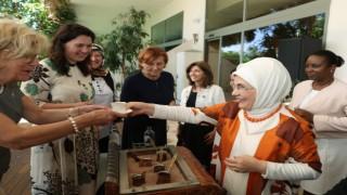 Emine Erdoğan, Antalya Diplomasi Forumuna katılan liderlerin eşleriyle bir araya geldi