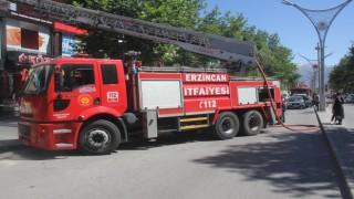 Erzincanda meydana gelen baca yangını paniğe sebep oldu