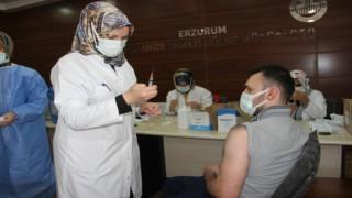 Erzurum OSMde yerinde aşı uygulamasına başlandı