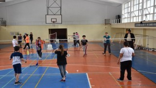 Ispartada pandemi nedeniyle ara verilen ücretsiz yaz spor okulları yeniden başlıyor