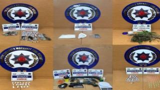 İzmirde uyuşturucu operasyonları: 15 kişi tutuklandı