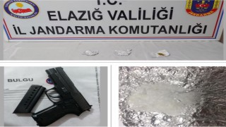 Jandarmadan önleyici tedbir, 3 şüpheli yakalandı, silah ve uyuşturucu ele geçirildi