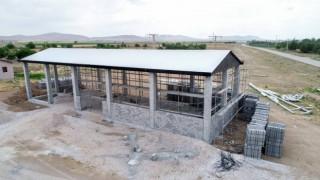 Meram Belediyesi Hatunsaraya tohum eleme tesisi yapıyor