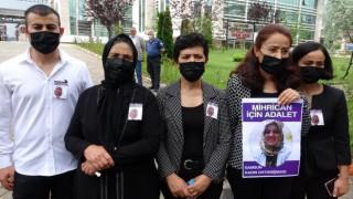 Mühendis kocası tarafından öldürülen kadının ailesi katil için müebbet istedi