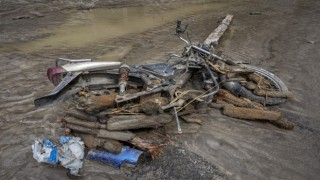 Nepali sel ve heyelan vurdu: 11 ölü, 25 kayıp