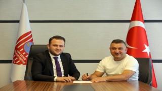 Nevşehir Belediyesporda ilk imza Tuncay Koçinden