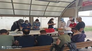Osmanelinde mobil ekipler fabrikalarda çalışan işçilere Covid-19 aşısı yapıyor
